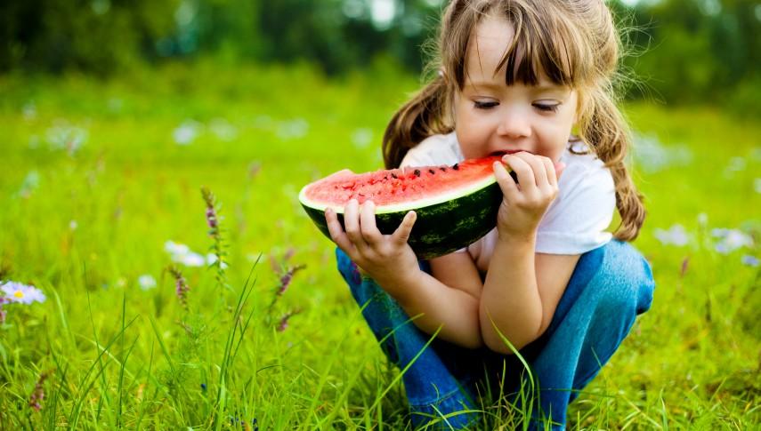 Les enfants d'âge Nutrition moyen raffinent également